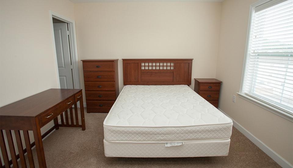 525 204 Campus View Apartments